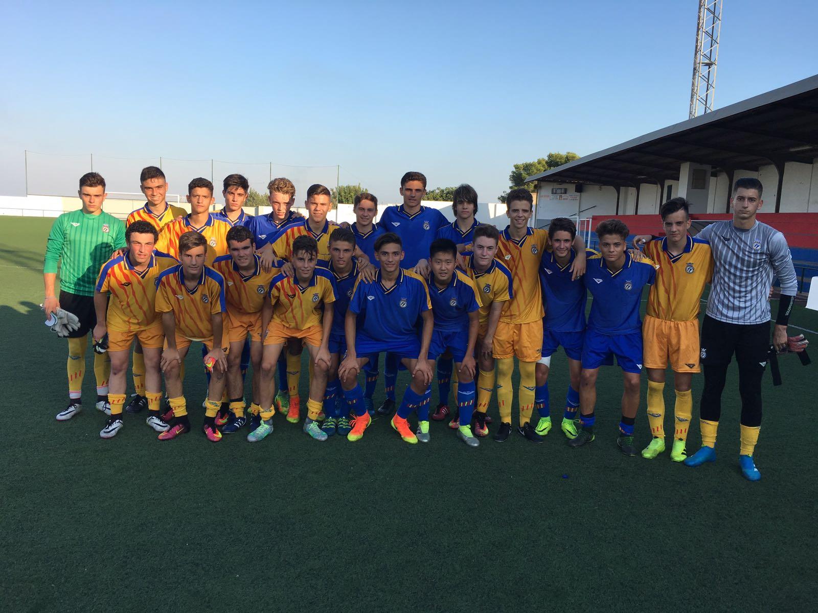 Nuevo entrenamiento de la selecci n cadete en burjassot ffcv for Federacion valenciana de futbol